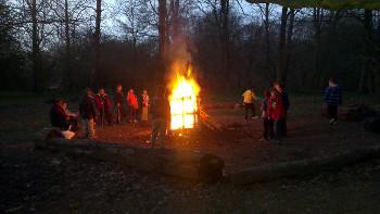 camp-fire-350