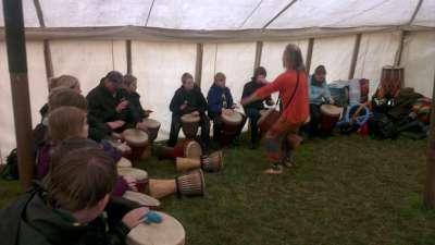 drumming-400